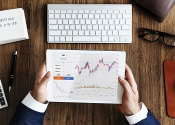 4 Forex Trading Tools for Advanced Traders