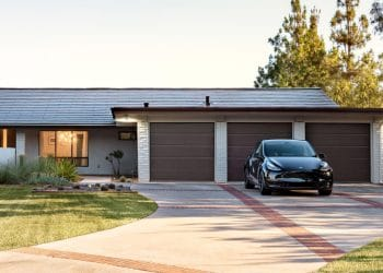 You Can Only Buy Tesla's Solar Products With The Powerwall Battery Starting Next Week