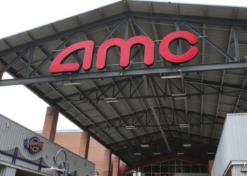 AMC Jumps as Retail Investors Take Part in #AMCDay