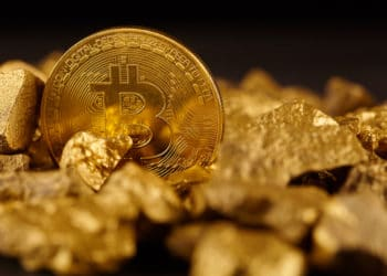 Global Investment Firm Bets on Bitcoin Over Gold