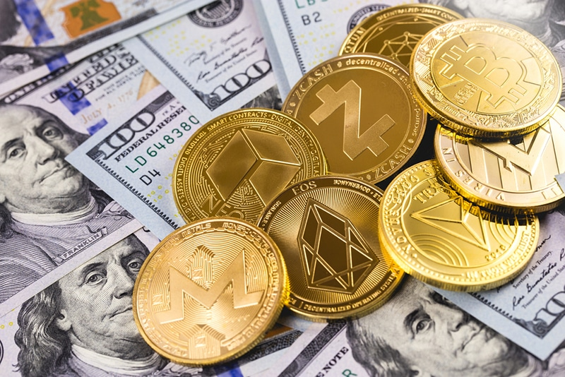 Cryptocurrencies and Interest Rates