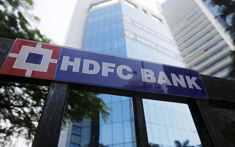 India's Leading Bank HDFC Faces a Litmus Test — Time to Buy the Dip?