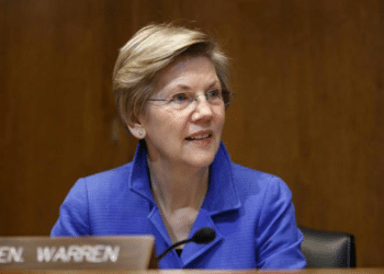 Sen. Warren Mentions Bezos as She Continues Her Push for 'Ultra-Millionaire Tax'