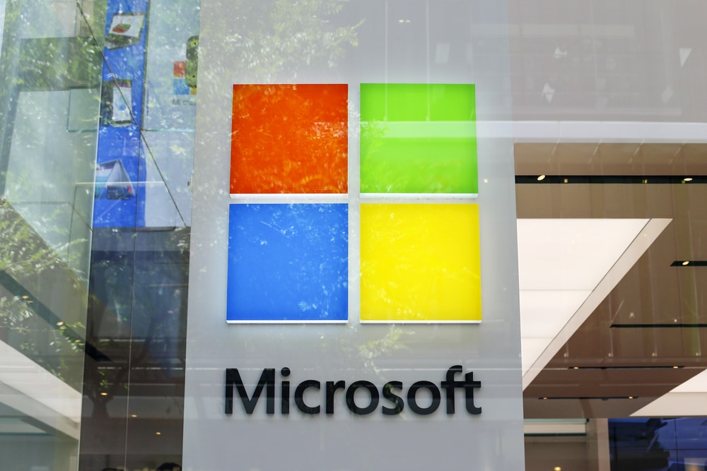 Microsoft Protests NSA's Decision to Award $10bn Cloud Computing Deal to Amazon