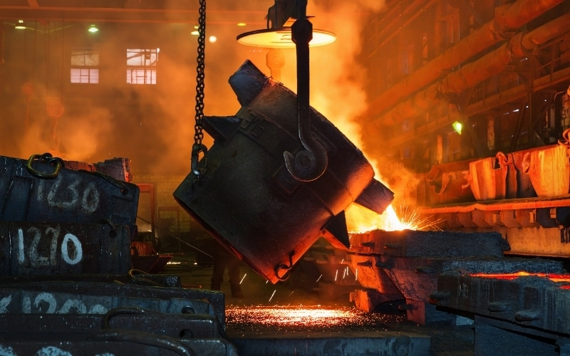 Investors Group Pushes for Urgent Action by Steelmakers on Carbon Emissions